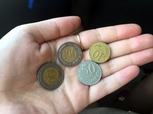 Деньги Албании