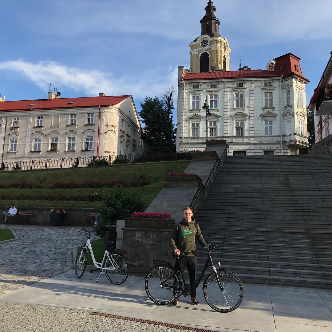 Город Пжемышль, Польша. Площа Рынек